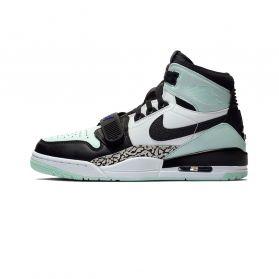 Pantofi sport Nike AIR JORDAN LEGACY 312